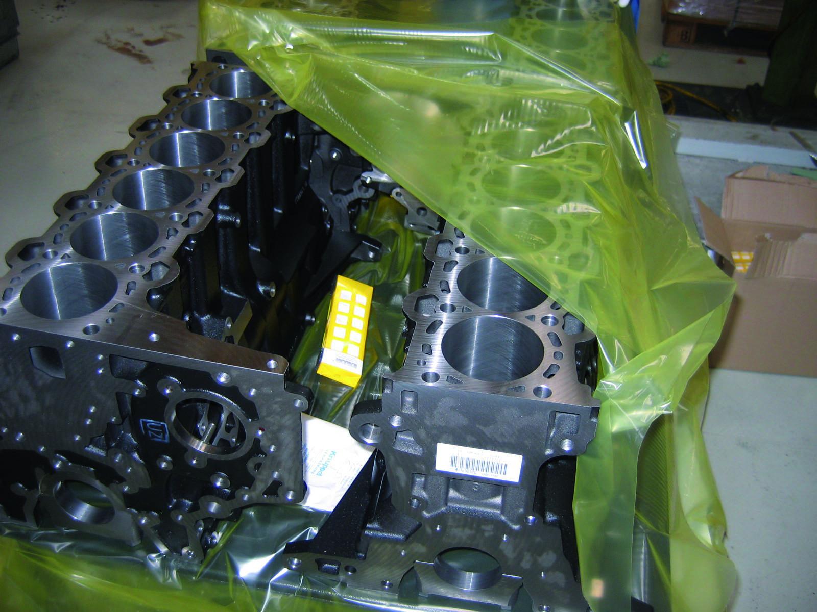 Emiter VCI EMIBO użyty jako dodatkowa ochrona bloku silnika